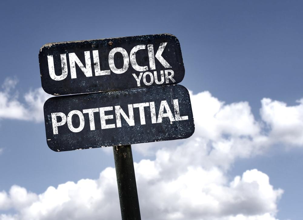 Potenzialmanagement Potenzial Schild Unlock your potenzial clouds sky.jpeg